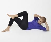 Cvičení doma - cviky na břicho, zadek, stehna, záda a posílení pánevního dna